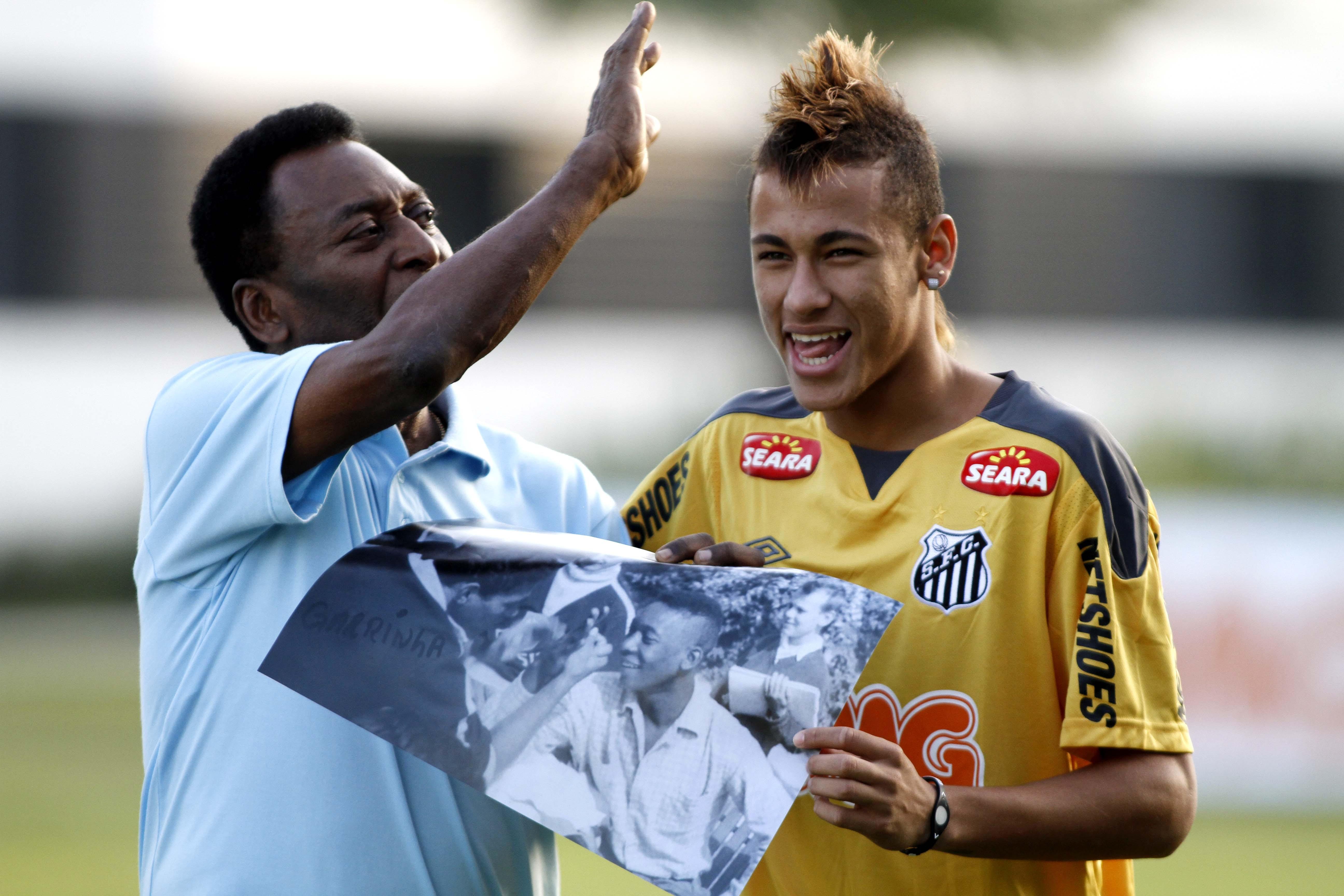 Pelé vê Neymar melhor do mundo e pronto para liderar a Seleção na Rússia ebbc34b919089